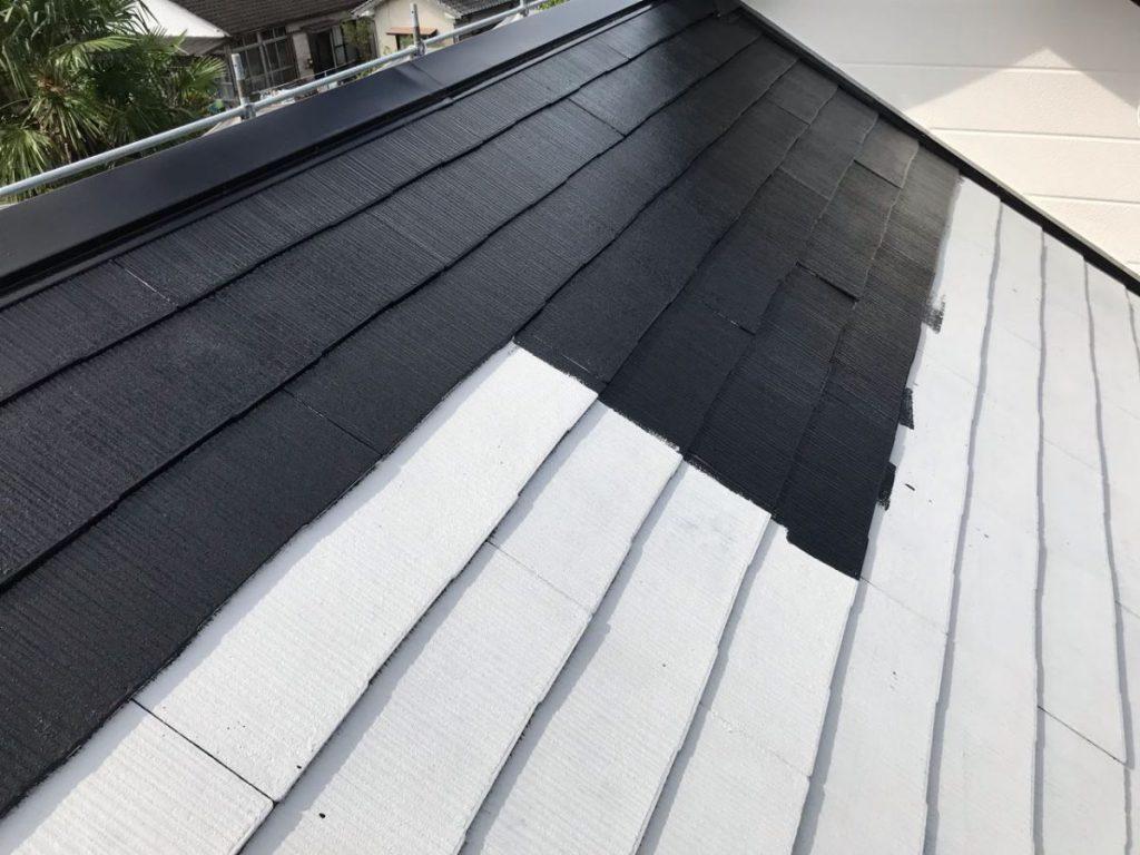 屋根中塗りの様子