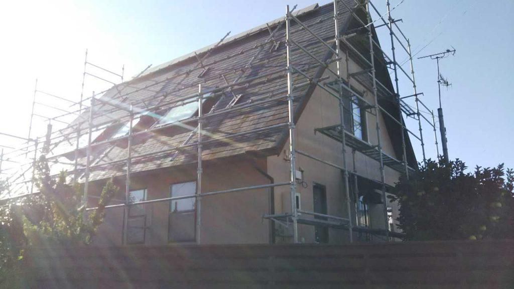 足場設置 屋根工事