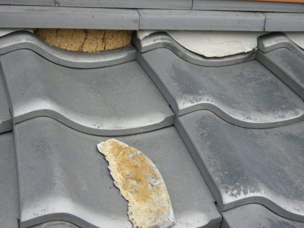 屋根の傷み 漆喰