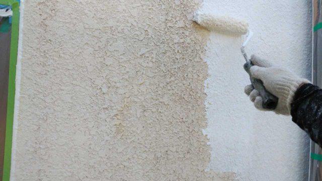 【宮崎・鹿児島地区】モルタル外壁の住宅でシーリング作業を行います外壁下塗り_1_確定