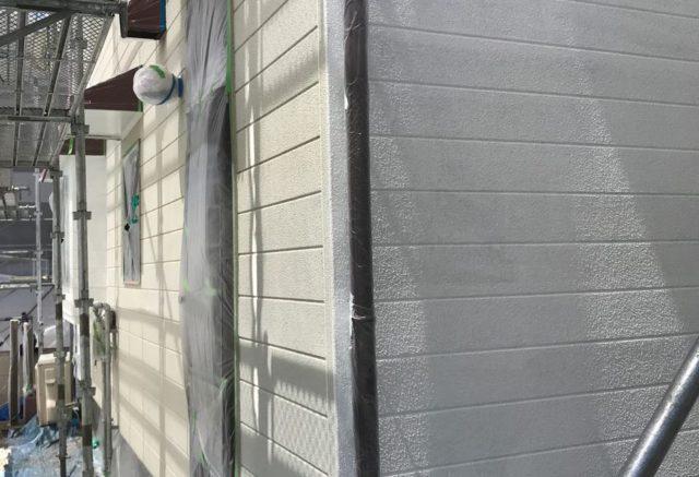 【宮崎県宮崎市】神宮にあるセメント瓦屋根の住宅で足場設置・養生・高圧洗浄を行います外壁下塗り_1_確定