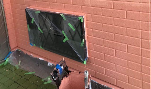 【宮崎県都城市】久保原町にある住宅で塗装前のシーリング補修を行います【宮崎県都城市】久保原町にある住宅で塗装前のシーリング補修を行います外壁上塗り_1_確定