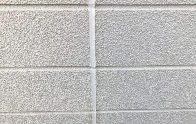 【宮崎県宮崎市】神宮にあるセメント瓦屋根の住宅で足場設置・養生・高圧洗浄を行いますシーリング完了_1_確定