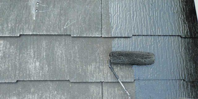 【鹿児島県曽於郡】大崎町にあるスレート屋根の住宅で足場設置・養生・高圧洗浄を行います屋根中塗り_1_確定