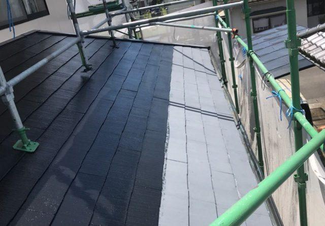 【宮崎県都城市】久保原町にある住宅で塗装前のシーリング補修を行います屋根中塗り_1_確定