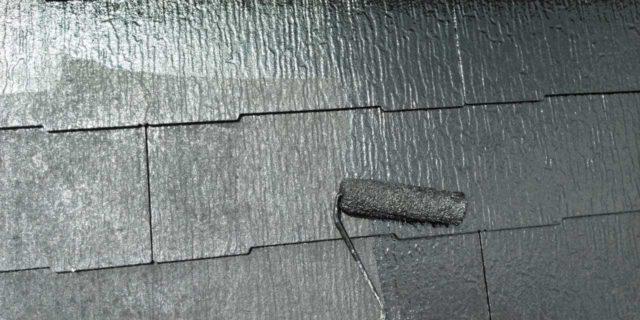 【鹿児島県曽於郡】大崎町にあるスレート屋根の住宅で足場設置・養生・高圧洗浄を行います屋根上塗り_1_確定