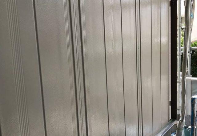 【宮崎県宮崎市】神宮にあるセメント瓦屋根の住宅で足場設置・養生・高圧洗浄を行います雨戸上塗り_1_確定