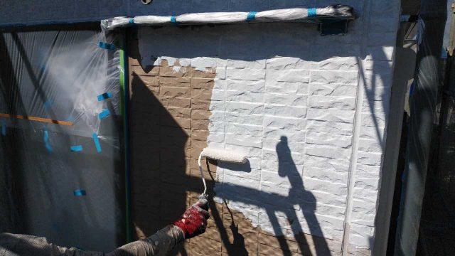 鹿児島市の塗装工事下塗りの様子