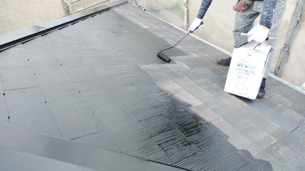 鹿児島市屋根塗装工事 中塗り