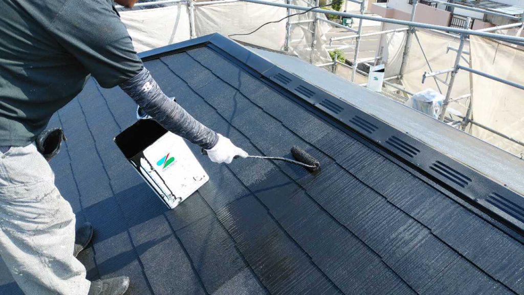 鹿児島市で行われた屋根塗装の様子