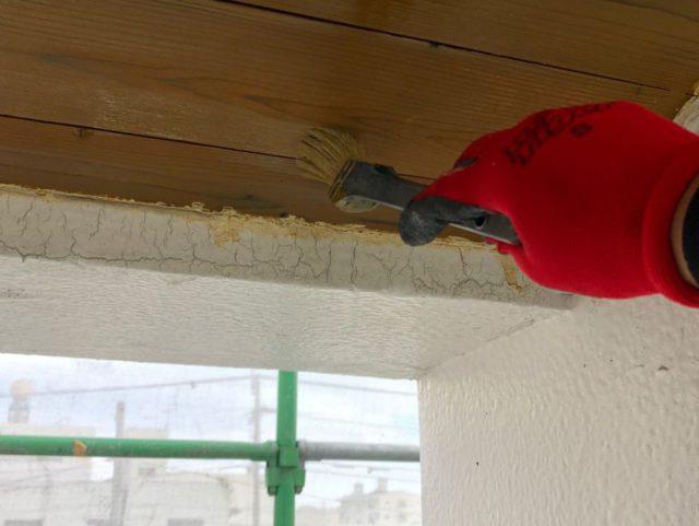 【宮崎県宮崎市】大橋にある住宅でモルタル外壁をセミフロンマイルドで塗装した工事軒天