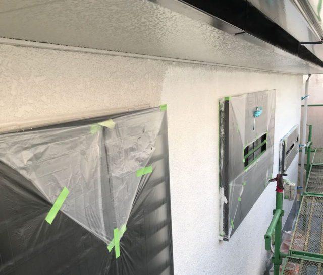 【宮崎県宮崎市】清武町にある住宅で瓦屋根とサイディング外壁を塗装した工事外中