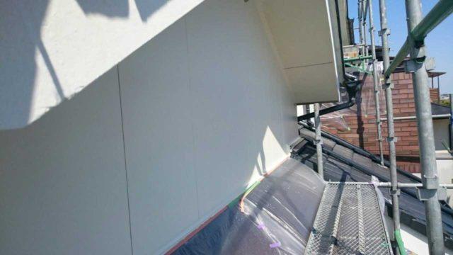 【宮崎県宮崎市】月見ヶ丘にあるタイル&窯業サイデ ィング外壁の住宅で塗装をした工事壁中