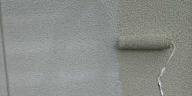 【鹿児島県霧島市】郡田にある住宅でモルタル外壁とセメント瓦屋根を塗装した工事壁下