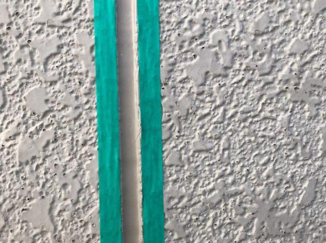 【宮崎県宮崎市】清武町にある住宅で瓦屋根とサイディング外壁を塗装した工事シーリング前