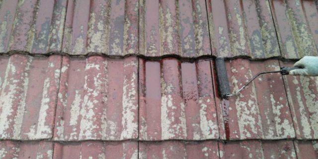 【鹿児島県霧島市】郡田にある住宅でモルタル外壁とセメント瓦屋根を塗装した工事屋根下