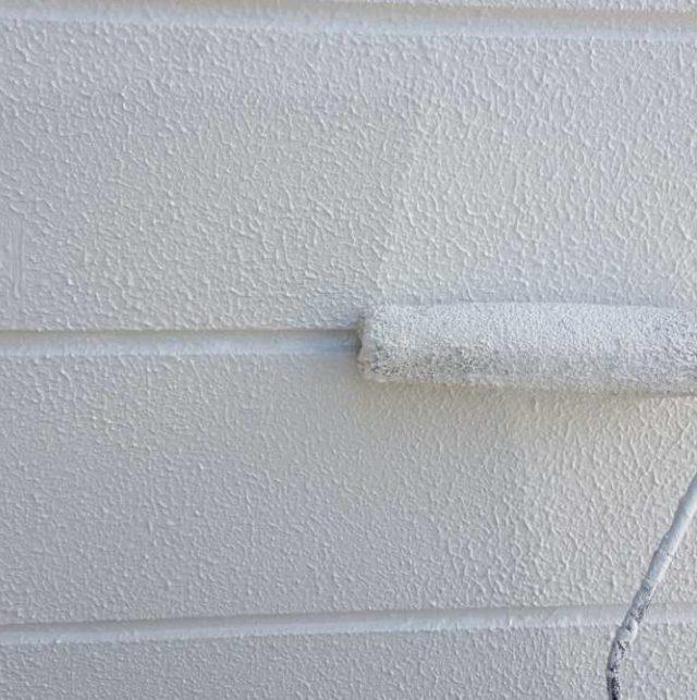 【宮崎県宮崎市】月見ヶ丘にある20坪の住宅で57平方メートルの外壁と92平方メートルの屋根を塗装した工事屋根上塗り
