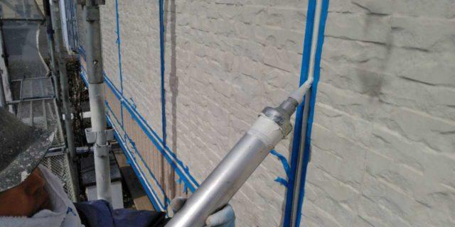 【宮崎県宮崎市】宮脇町にある大和ハウスの建築住宅で128平方メートルの外壁と、屋根を塗装した工事シーリング充填