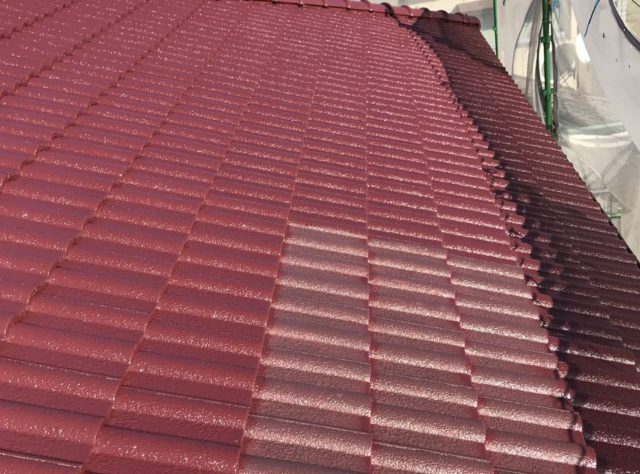 【宮崎県宮崎市】清武町にある住宅で瓦屋根とサイディング外壁を塗装した工事屋根中