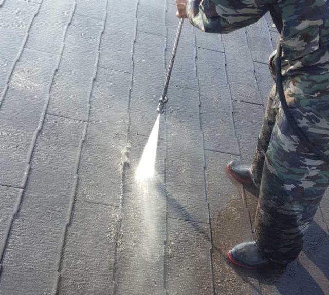 【宮崎県宮崎市】月見ヶ丘にある20坪の住宅で57平方メートルの外壁と92平方メートルの屋根を塗装した工事洗浄