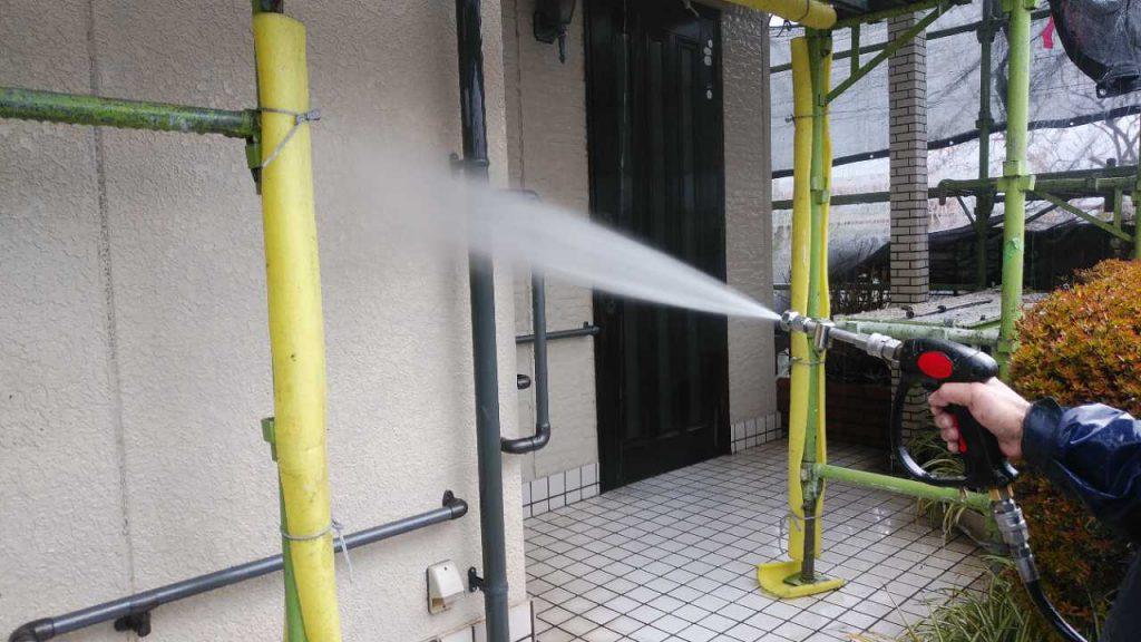 塗装前 高圧洗浄洗い流し