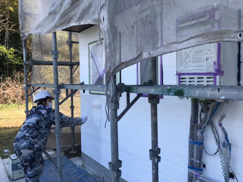 薩摩川内市外壁塗装中塗り2回目