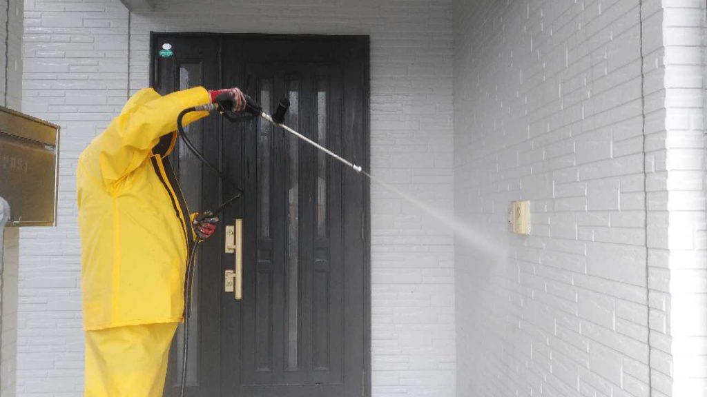 日置市東市来の塗装工事高圧洗浄の様子