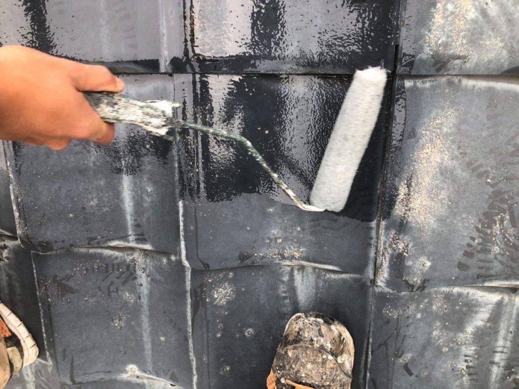 霧島市国分での外壁塗装工事の様子