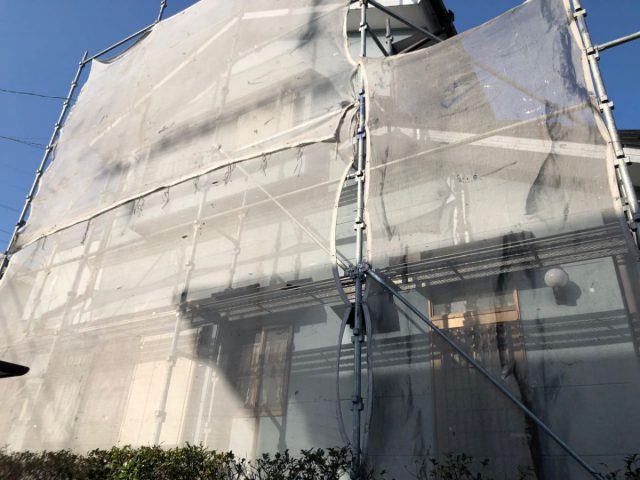 宮崎市 塗装工事 足場設置の様子