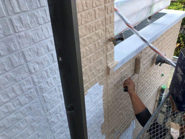 霧島市の外壁塗装工事の様子