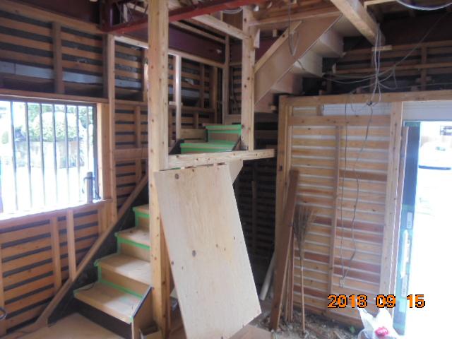 鹿児島市階段リフォーム工事の様子