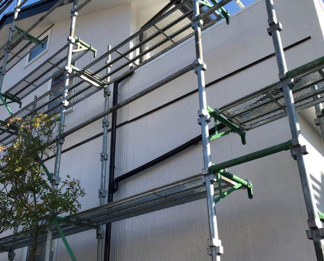 【宮崎県宮崎市】清武町で外壁とガルバリウム屋根、シーリング補修などをした工事足場