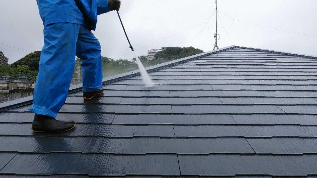 鹿児島市 塗装工事高圧洗浄の様子