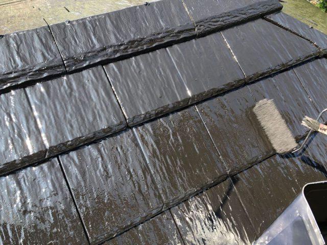 霧島市屋根塗装工事の様子