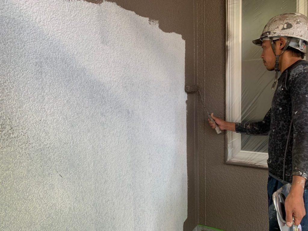 鹿児島市西紫原の外壁塗装の様子