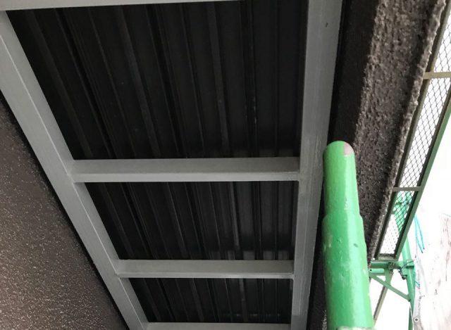 【宮崎県宮崎市】希望ヶ丘で111平方メートルの外壁と付帯部を塗装した工事軒天施工前