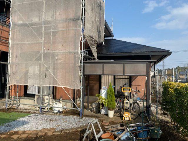 【宮崎県宮崎市】本郷にある41坪の住宅でスーパーセラタイトFを使った外壁塗装と、屋根の塗装工事養生