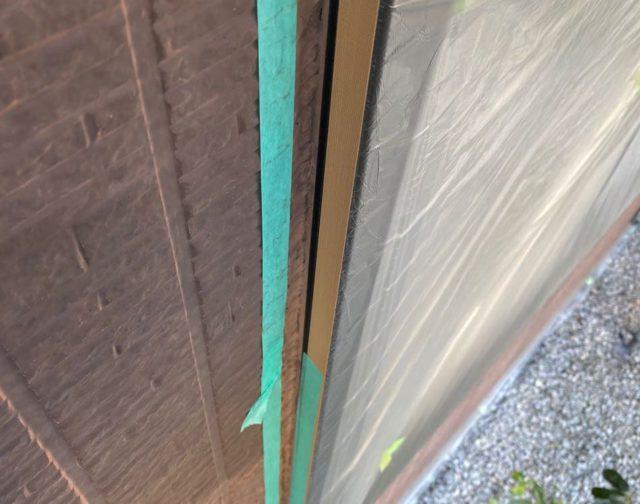 【宮崎県宮崎市】本郷にある41坪の住宅でスーパーセラタイトFを使った外壁塗装と、屋根の塗装工事シーリング養生