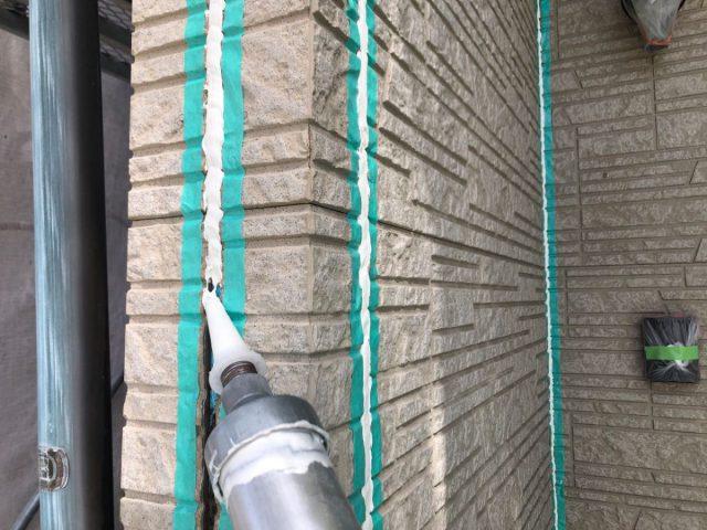 【宮崎県宮崎市】佐土原町で築19年の住宅で外壁と屋根の塗装工事シーリング充填
