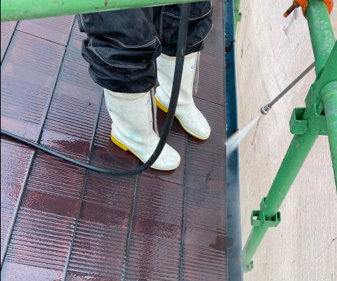 【宮崎県宮崎市】霧島の住宅でコロニアル屋根の高圧洗浄4