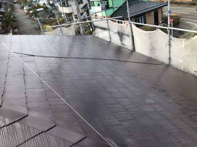 【宮崎県宮崎市】花山手にある41坪の住宅でスーパーセラタイトFを使った外壁塗装と、屋根の塗装工事屋根中塗り