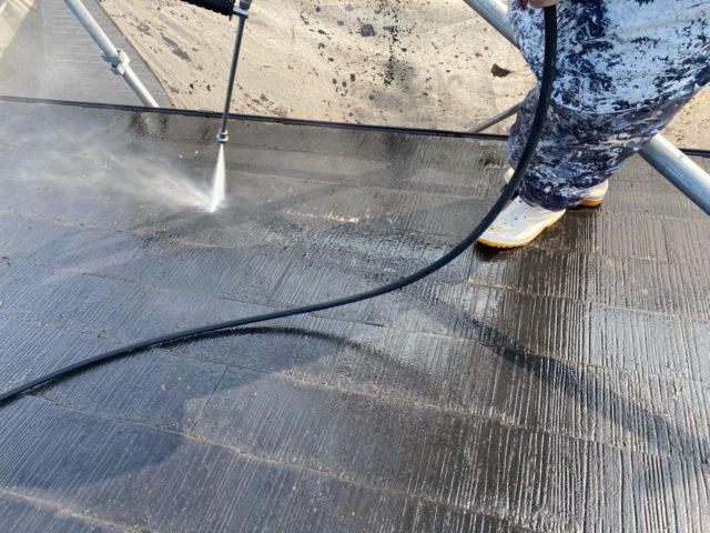【宮崎県宮崎市】本郷にある41坪の住宅でスーパーセラタイトFを使った外壁塗装と、屋根の塗装工事高圧洗浄
