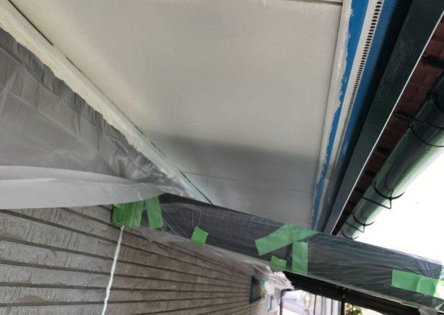 【宮崎県東諸県郡】国富町における陶器瓦の屋根がある住宅で外壁・付帯部塗装をした工事軒天