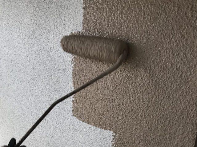 【鹿児島県姶良市】平屋の瓦屋根の住宅で外壁・屋根・付帯部塗装をした工事外壁中