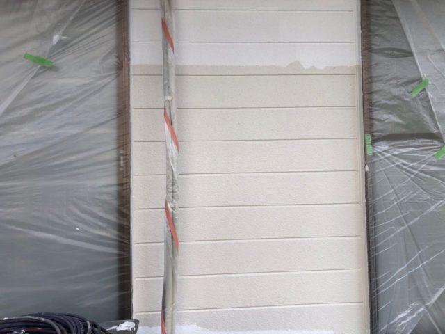 【宮崎県宮崎市】小松台西にある窯業系サイディングとセメント瓦の住宅で外壁・屋根・付帯部塗装をした工事壁中