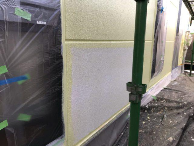【宮崎県宮崎市】薫る坂にあるALC外壁の住宅で外壁・屋根・付帯部塗装をした工事壁中