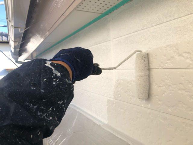 【宮崎県宮崎市】大字恒久のアルミニウム製バルコニーがある住宅で外壁・屋根・付帯部塗装をした工事外壁中