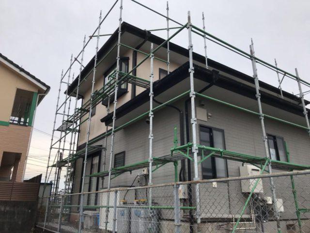 【宮崎県宮崎市】跡江にあるFRP防水のバルコニーの住宅で外壁・屋根・付帯部塗装をした工事足場