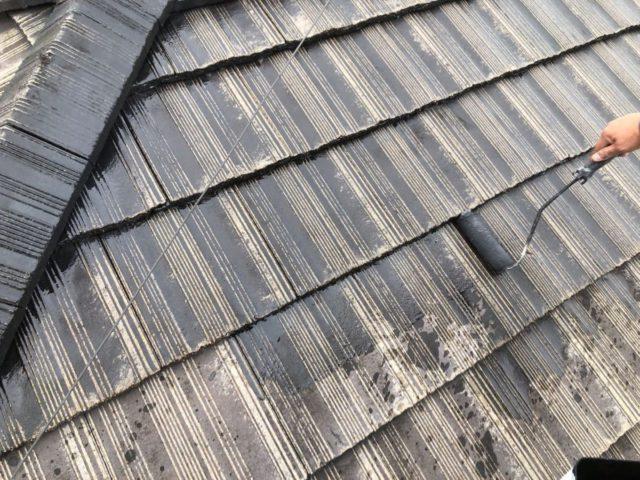 【宮崎県宮崎市】神宮にあるモニエル瓦とALC外壁の住宅で外壁・屋根・付帯部塗装をした工事屋根下