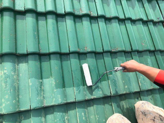 【宮崎県宮崎市】小松台西にある窯業系サイディングとセメント瓦の住宅で外壁・屋根・付帯部塗装をした工事屋根下